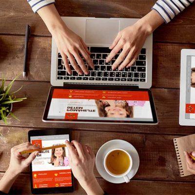 Responzivní verze reference webové stránky Životní šance, který zobrazuje jak lze web prohlížet na rozličných zařízeních.
